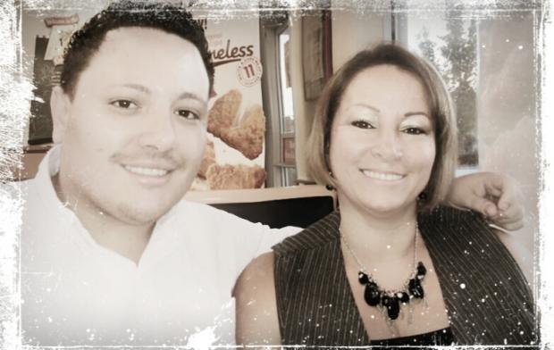 Mom & JuanEs